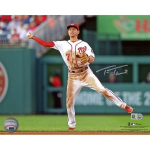 Autographed Washington Nationals Trea Turner Fanatics Authentic 8″ x 10″ Fielding Photograph